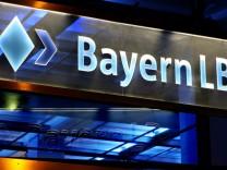 BayernLB soll erstmals Staatshilfen zurückzahlen