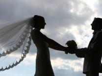 Kommunen prüfen Heirat unter freiem Himmel
