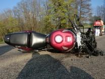 Tödlicher Unfall durch Ölspur - Polizei sucht Täter