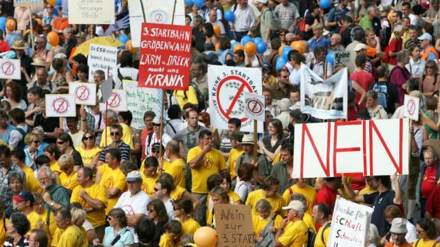 Großdemonstration 'Wir sind Bayern' in München