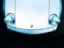 """Zeitmaschinen Porsche 928 ACHTUNG: Diese Bilder sind ausschließlich für die Verwendung im """"Auto & Mobil""""-Kanal von Suedeutsche.de freigegeben !!!"""