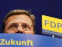 Verliert Guido Westerwelle nach dem FDP-Vorsitz und der Vizekanzlerschaft nun auch noch das Amt des Außenministers?