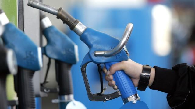 Benzinpreis Preiserhöhungen bei Benzin
