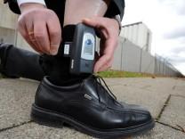 CDU in Brandenburg fordert elektronische Fußfessel