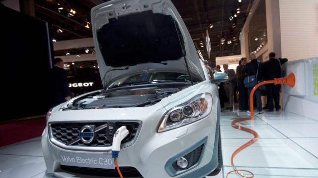 Siemens entwickelt mit Volvo E-Autos