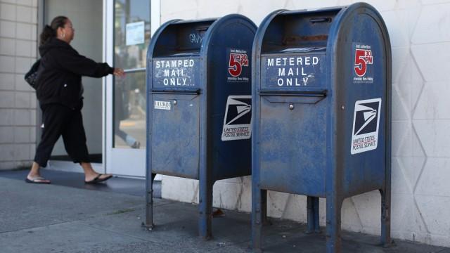 3700 Post Offices Poised To Close To Bridge $20 Billion Budget Gap