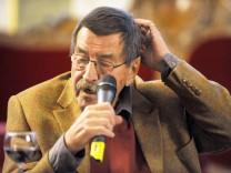 Günter Grass bei Podiumsgespräch