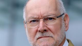 Starbatty will gegen Griechenland Finanzhilfe klagen