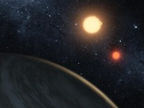 NASA artist's concept of the circumbinary planet Kepler-16b