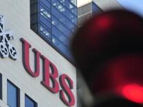 UBS: Jetzt wackelt die Note bei Moody's