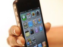Verizon announces sale of iPhone 4