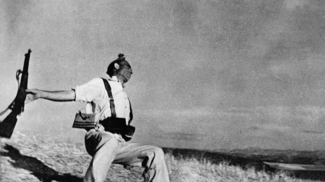 Magnum Ausstellung über Kriegsfotografie