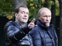 Russia's President Medvedev and Prime Minister Vladimir Putin