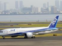 Boeing liefert nach jahrelanger Verzoegerung ersten 'Dreamliner' aus