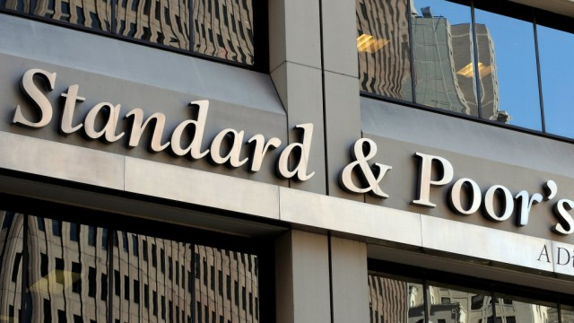 Standard and Poors reduces Italy rating