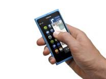 Nokia liefert erstes Meego-Smartphone N9 aus