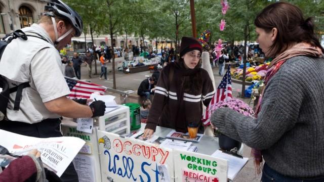 Anti-Wall-Street-Proteste US-Bürger protestieren gegen die Macht der Banken