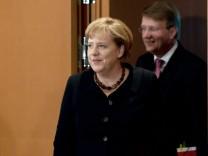 Bundeskanzlerin Angela Merkel (CDU) und Kanzleramtsminister Ronald Pofalla (CDU)