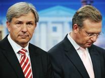 Wahl zum Berliner Abgeordnetenhaus Berlins Regierender Buergermeister (SPD) und der Spitzenkandidat der CDU, Frank Henkel