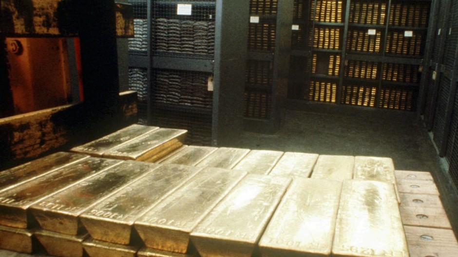Goldbarren in einem Tresorraum der Schweizer Nationalbank
