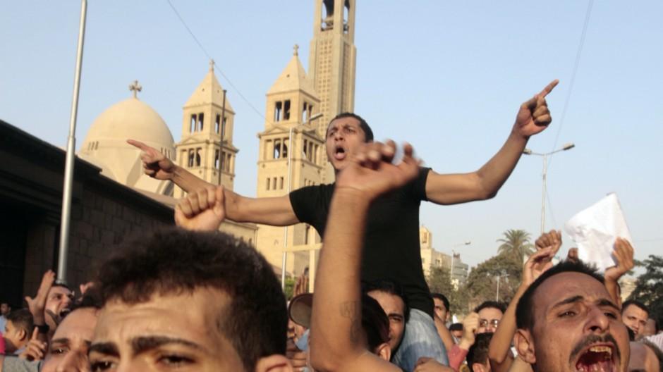Revolution in Ägypten Ausschreitungen in Kairo