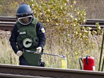 Gezuendeter Brandsatz an der Bahnstrecke Berlin-Hamburg gefunden