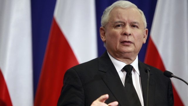 Jaroslaw Kaczynski, twin brother of the late president Lech Kaczynski and leader of the opposition PiS (Law and Justice) party, speaks to media during news conference in Warsaw