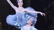 Rechtsradikale Balletttänzerin