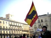Ratingagentur Fitch stuft Kreditwuerdigkeit Spaniens herab