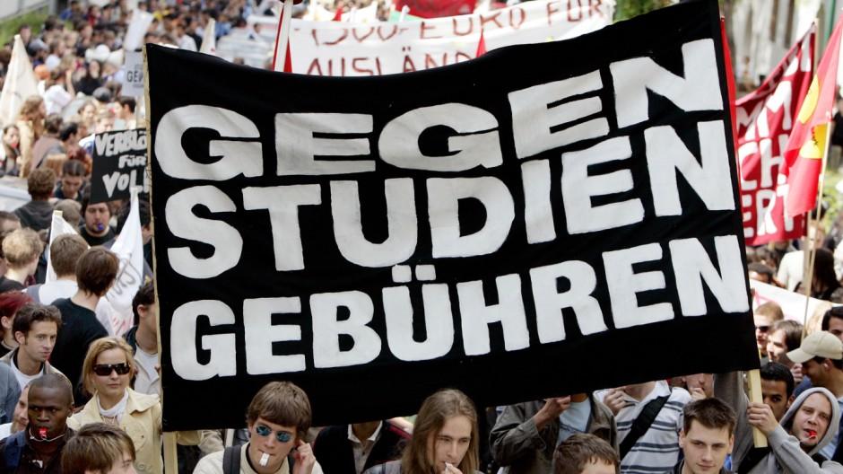 Hessischer Staatsgerichtshof erklärt Studiengebühren für zulässig