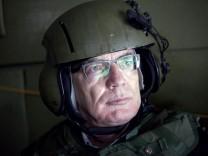 Verteidigungsminister de Maiziere besucht Afghanistan