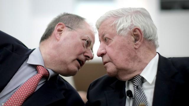 Altkanzler Helmut Schmidt und Peer Steinbrück