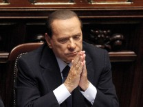 Berlusconi faces crucial confidence vote in Italian lower house