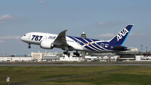 Boeing 787 Dreamliner Erster Passagierflug des Boeing 787 Dreamliner