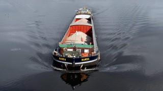 Gueterverkehr mit Binnenschiffen Brennstoffzelle