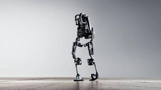 Roboter Hilfe für Gelähmte