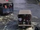 Flut bedroht beliebten Touristenmarkt in Bangkok (Vorschaubild)