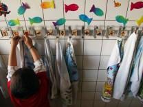 Althaus haelt Zahl der Kinderkrippenplaetze im Osten fuer ausreichend
