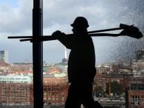 Mindestlohn FDP Rösler Bezahlung Arbeit