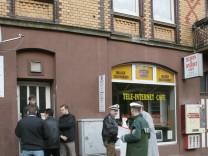 Zeitung: Verfassungsschuetzer staerker in Kasseler Mordfall involviert