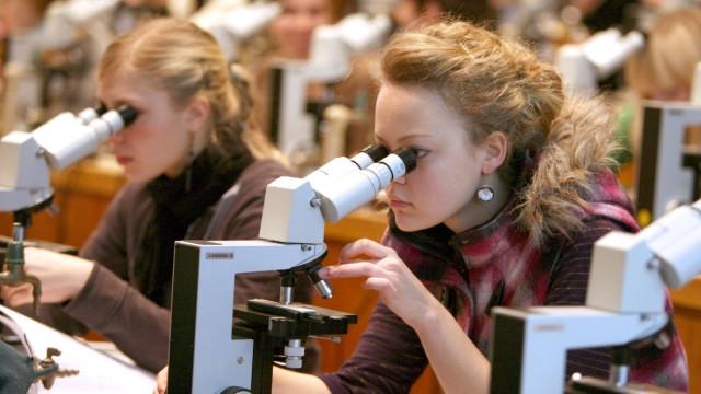 Medizinstudium an der Universität in Leipzig
