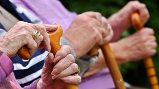 Zeitung: Rund 660 000 Rentner müssen nebenher jobben