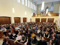 Kassel - Vorlesung in Kirche