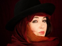 Die Anti-Gaga ? Kate Bushs wundersame Winter-Lieder
