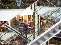 Weihnachtsdekoration im Kaufhaus