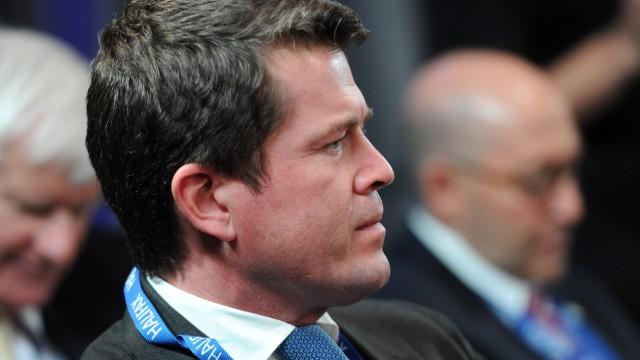 Guttenberg bei Sicherheitsforum in Kanada