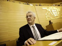 Steht der ersten grün-roten Regierung in der Geschichte der Bundesrepublik vor: Ministerpräsident Winfried Kretschmann