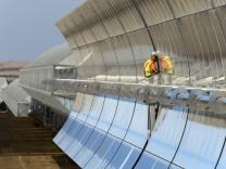 Probebetrieb Solarthermisches Parabolrinnenkraftwerk Andasol 1