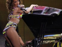 Rihanna concert in Lisbon