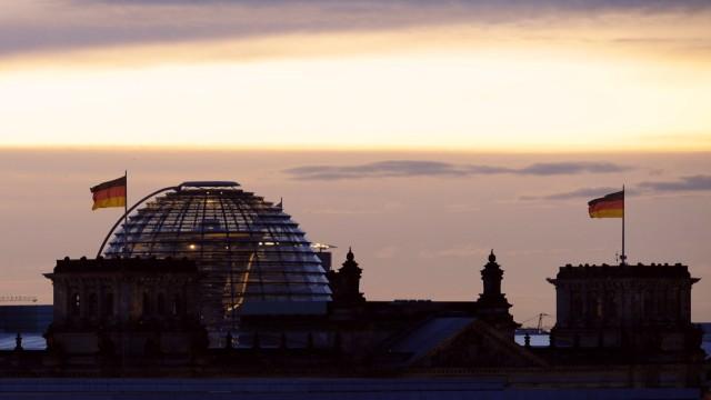 Reichstagkuppel im Morgengrauen